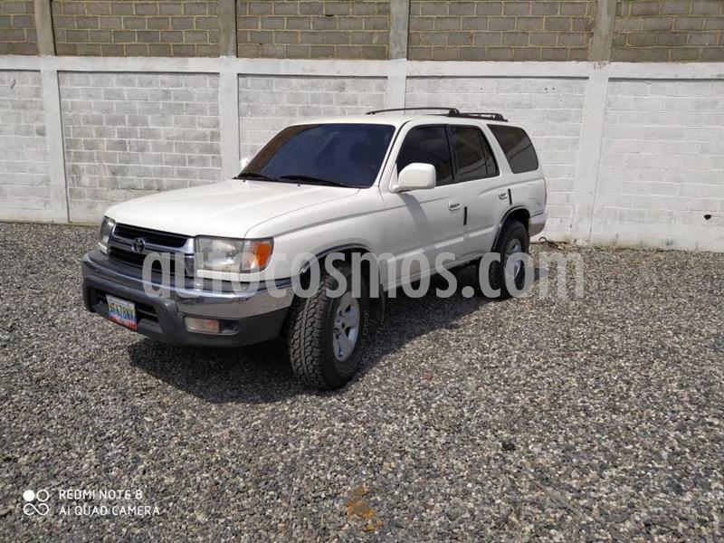 Toyota 4Runner 4x2 usado (2001) color Blanco precio BoF9.000