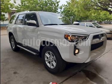 Toyota 4Runner Sr5 V6,3.4i,24v A 2 2 usado (2017) color Blanco precio BoF51.000