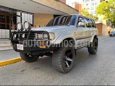 Toyota Autana Automatico 4x4  usado (2006) color Gris precio u$s17.000