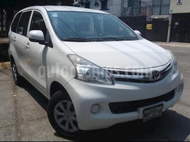 Foto venta Auto usado Toyota Avanza 5p Premium L4/1.5 Aut (2012) color Blanco precio $137,000