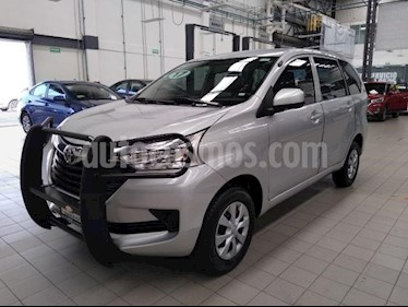 Toyota Avanza 5P PREMIUM TM5 A/AC. BA R-14 usado (2017) color Plata precio $199,000