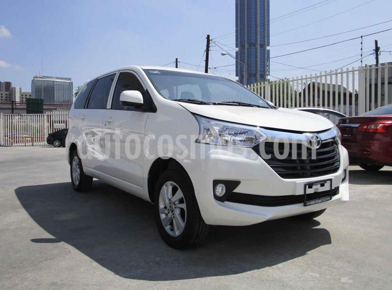 Toyota Avanza XLE Aut usado (2017) color Blanco precio $209,900