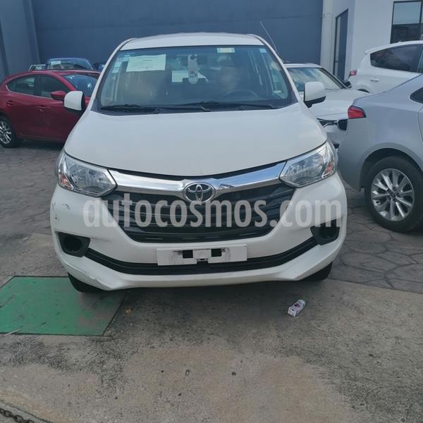 Toyota Avanza Premium usado (2017) color Blanco precio $192,000
