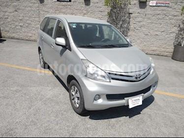 Toyota Avanza 5P PREMIUM TM5 A/AC. BA R-14 usado (2015) color Plata precio $135,000