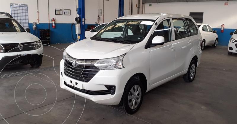 Foto Toyota Avanza LE Aut usado (2019) color Blanco precio $198,900