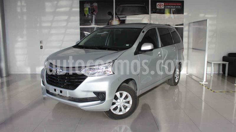 Toyota Avanza LE usado (2018) color Plata precio $200,000