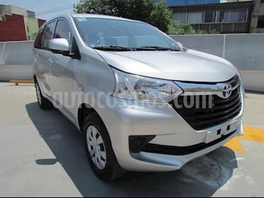 Toyota Avanza Premium Aut usado (2017) color Plata precio $198,000