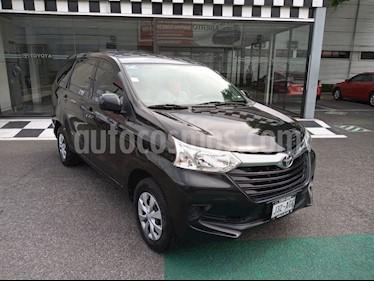 Toyota Avanza Premium usado (2016) color Negro precio $178,000
