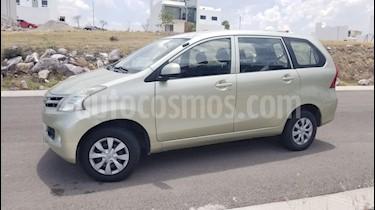 Toyota Avanza Premium Aut usado (2012) color Bronce precio $129,500