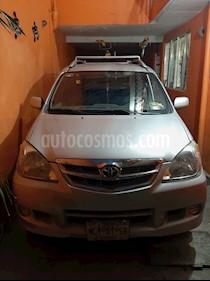 Toyota Avanza Premium Aut usado (2011) color Beige precio $130,000