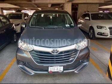 Toyota Avanza Premium usado (2016) color Gris Oscuro precio $180,000