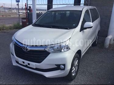 Foto Toyota Avanza XLE Aut usado (2019) color Blanco precio $270,000
