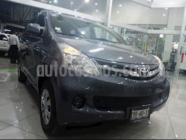 Toyota Avanza Premium usado (2014) color Gris precio $159,000