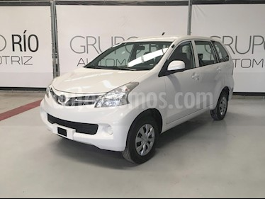 Foto Toyota Avanza Premium Aut usado (2015) color Blanco precio $159,000