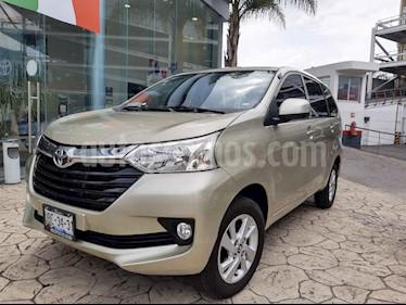 Foto Toyota Avanza XLE Aut usado (2018) color Dorado precio $240,000