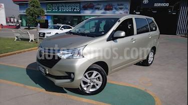 Foto venta Auto Seminuevo Toyota Avanza XLE Aut (2017) color Arena Dorada precio $240,000