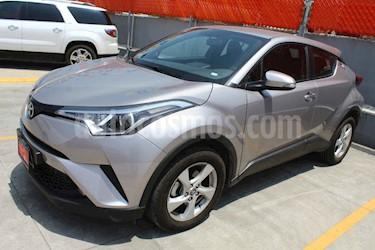 Foto venta Auto usado Toyota C-HR 2.0L (2019) color Plata precio $363,000