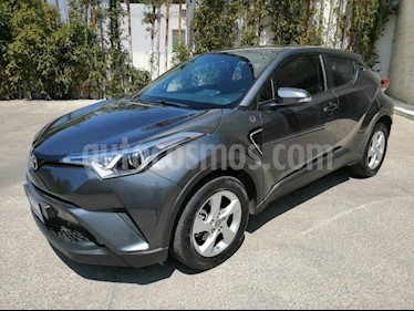 Toyota C-HR 4p CVT L4/2.0 Aut usado (2018) color Gris precio $287,000