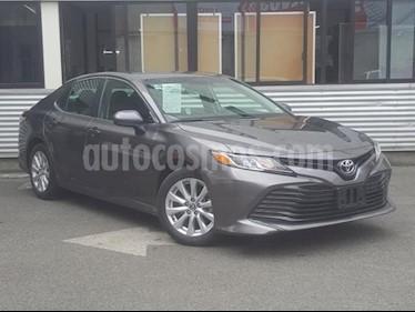 Foto Toyota Camry 4P LE L4 TA A/AC. usado (2018) color Gris precio $345,000