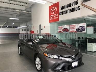 Toyota Camry 4p LE L4/2.5 Aut usado (2018) color Gris precio $295,000