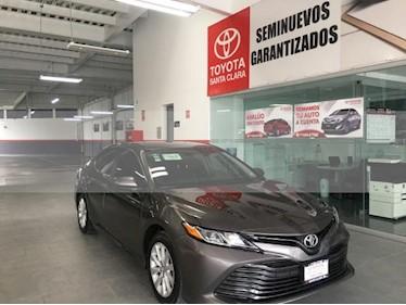Foto venta Auto usado Toyota Camry 4p LE L4/2.5 Aut (2018) color Gris precio $339,000
