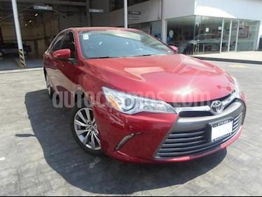 Foto venta Auto usado Toyota Camry 4p XLE L4/2.5 Aut (2017) color Rojo precio $325,000