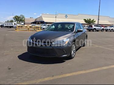Foto venta Auto usado Toyota Camry LE 2.4L (2017) color Gris precio $270,000