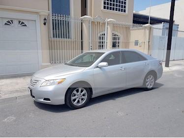 Toyota Camry LE 2.4L usado (2010) color Plata precio $109,000