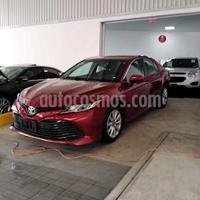 Foto venta Auto usado Toyota Camry LE 2.5L (2018) color Vino Tinto precio $299,000