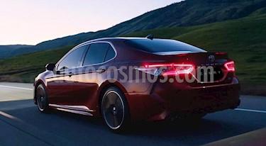 Toyota Camry LE 2.5L nuevo color Rojo Metalizado precio $420,500