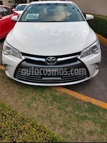 Foto venta Auto usado Toyota Camry LE 2.5L (2016) color Blanco precio $260,000