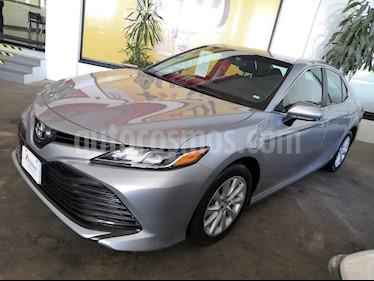 Foto venta Auto Seminuevo Toyota Camry LE 2.5L (2018) color Plata precio $369,000