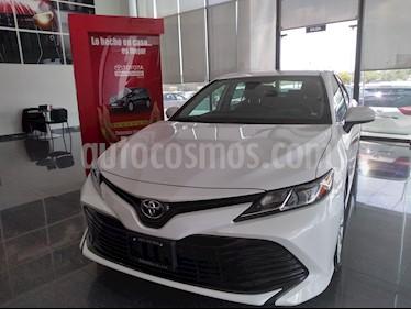 Foto Toyota Camry LE 2.5L usado (2019) color Blanco precio $377,000