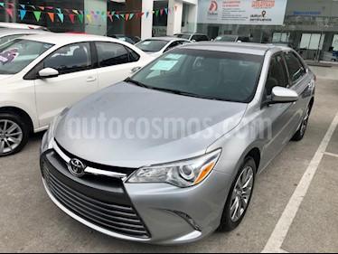 Foto venta Auto usado Toyota Camry LE 2.5L (2017) color Gris precio $257,000