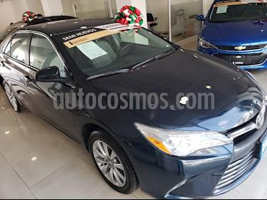 Toyota Camry LE 2.5L usado (2017) color Azul precio $235,000