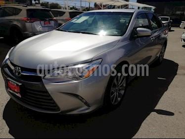 Foto venta Auto usado Toyota Camry LE 2.5L (2017) color Plata precio $299,000