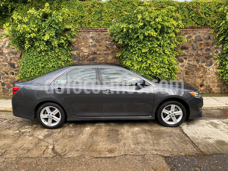 Toyota Camry XSE 3.5L V6 usado (2012) color Gris precio $160,000