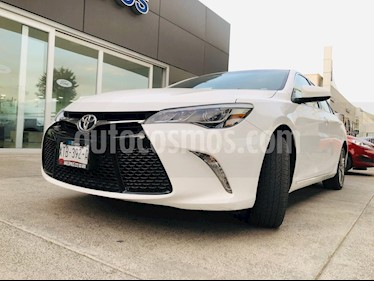 Toyota Camry XSE 3.5L V6 usado (2017) color Blanco precio $291,000