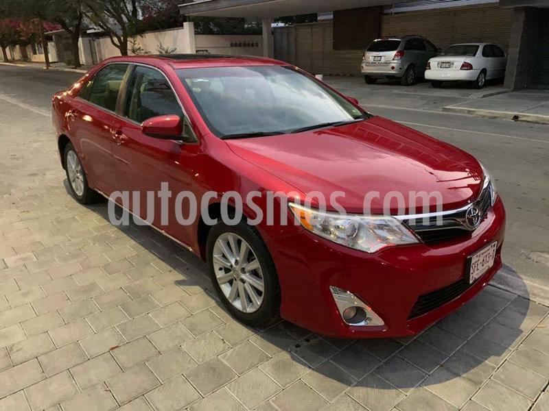 Toyota Camry XLE 2.5L usado (2014) color Vino Tinto precio $219,900