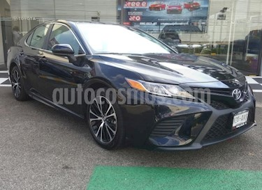 Foto Toyota Camry 4p SE L4/2.5 Aut usado (2018) color Negro precio $360,000