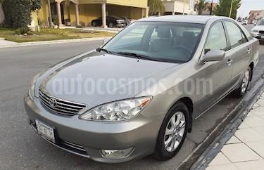Toyota Camry XLE 3.5L V6 usado (2006) color Verde Oliva precio $85,000