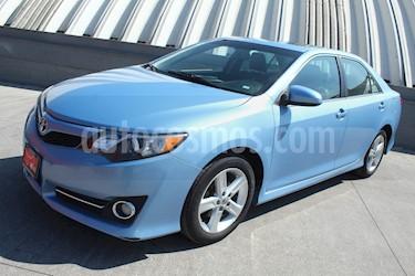 Toyota Camry SE 3.5L V6 usado (2014) color Azul Mica precio $205,000