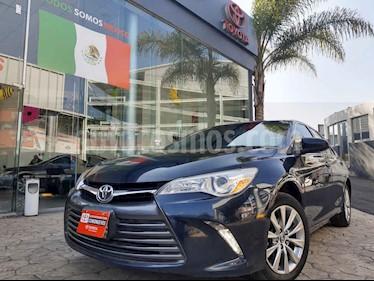 foto Toyota Camry 4p XLE L4/2.5 Aut Navi usado (2017) color Azul precio $275,000