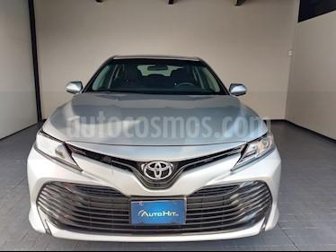 Toyota Camry LE 2.5L usado (2018) color Gris precio $278,000