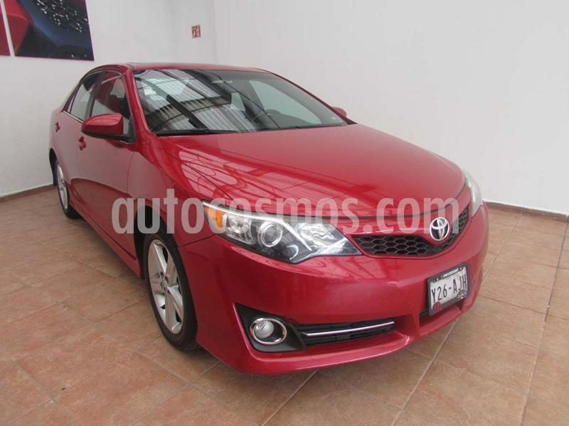 Toyota Camry SE 3.5L V6 usado (2014) color Rojo precio $200,000