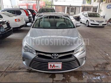 Toyota Camry XLE 2.5L Navi usado (2017) color Plata precio $295,000