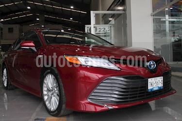 foto Toyota Camry XLE 2.5L Navi Híbrido usado (2019) color Rojo precio $564,000