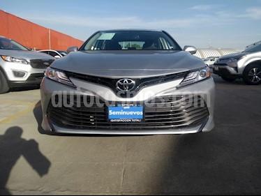 Toyota Camry XLE 2.5L Navi usado (2019) color Plata precio $443,000