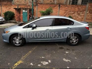 Toyota Camry 4p XLE aut L4 a/a ee q/c piel usado (2012) color Dorado precio $216,555