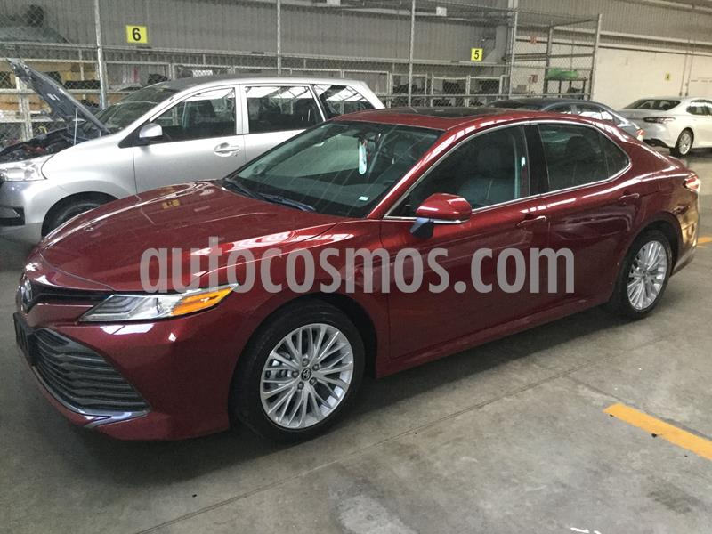 Toyota Camry XLE 2.5L Navi usado (2020) color Rojo Cobrizo precio $495,000